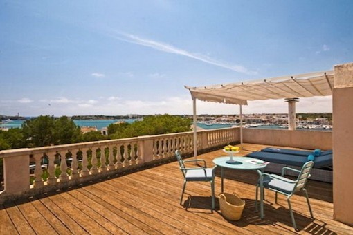 Outstanding townhouse in the old town of Porto Colom