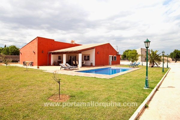 New built finca with stables and paddok - close to Inca