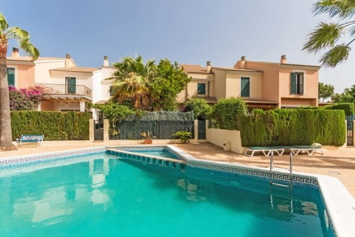 Very nice townhouse near the marina in Portals Nous