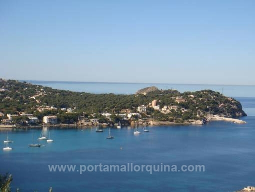 Building plot with project and panoramic views on the Santa Ponsa Bay
