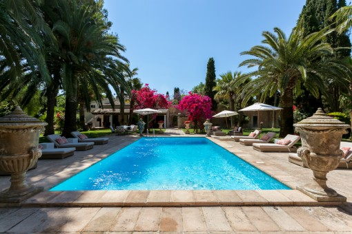 Luxurious Finca property in Binissalem with touristic licence and wonderful views of the Tramuntana mountains
