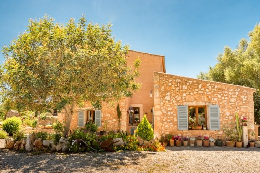 Charming Finca in a quiet location