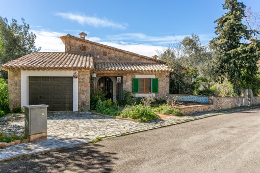 Large house with beautiful views over Valldemossa