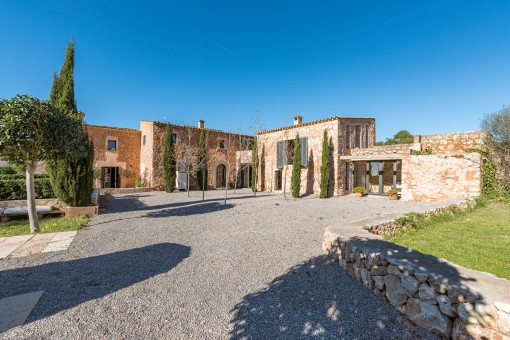 Beautiful finca in a quiet country location...