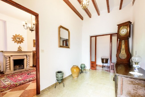 Centrally-situated Mallorcan village house in Andratx