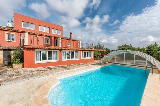 Comfortable finca on a large plot close to Ses Salines