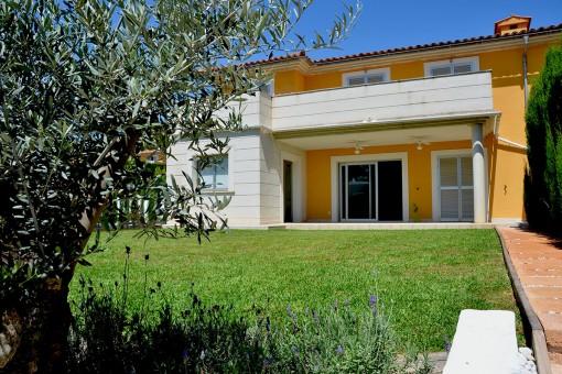 дома на Cala Vinyas