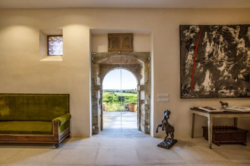 Outstanding natural stone country house with rustic and modern elements in tranquil surroundings in Campos