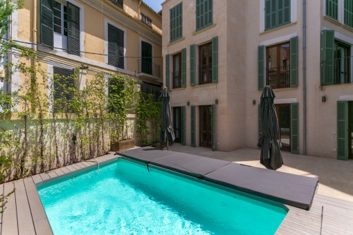 Exclusive newly-built duplex with pool in the heart of Palma's old town