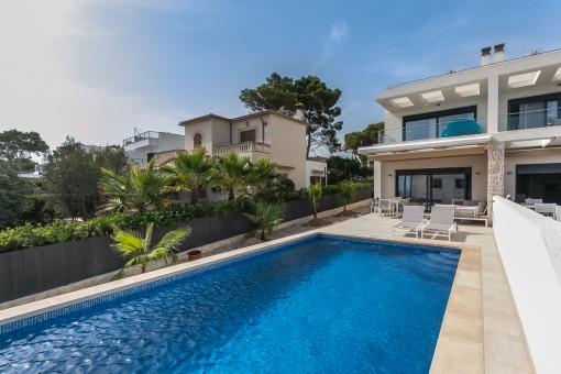 дома на Cala Pi