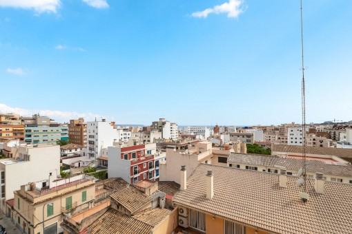 Sea-view apartment with terrace in Santa Catalina