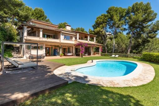Wonderful Mediterranean villa with sea views...